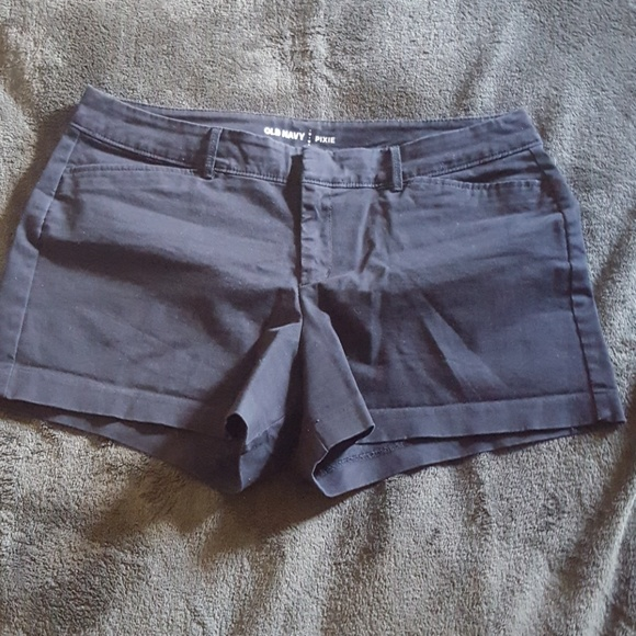 Old Navy Pants - Black Old Navy pixie shorts